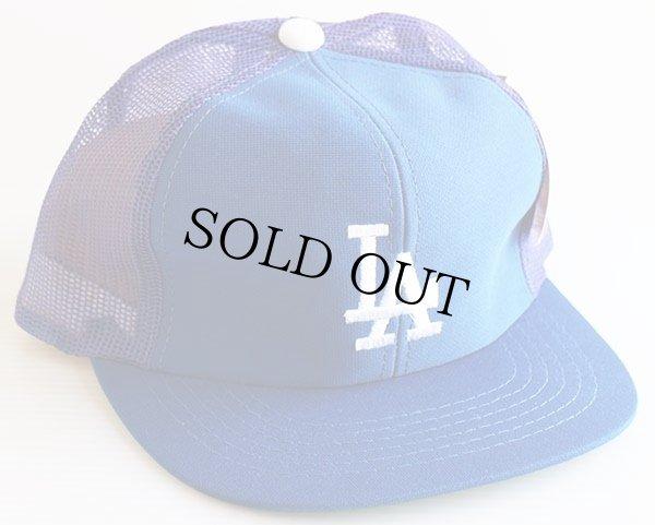 画像1: 80sデッドストック MLB ロサンゼルス ドジャース LA 刺繍 メッシュキャップ 青